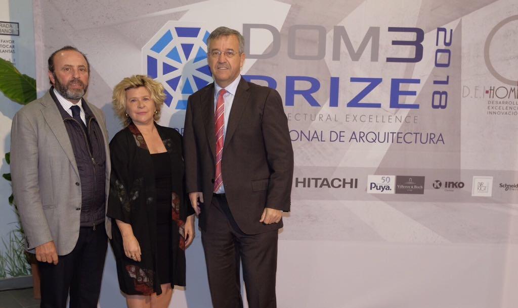 Antonio Bazán, manager of DEI-HOMES, president of DOM3, Laura Pou and the mayor of Estepona, José Mª García Urbano