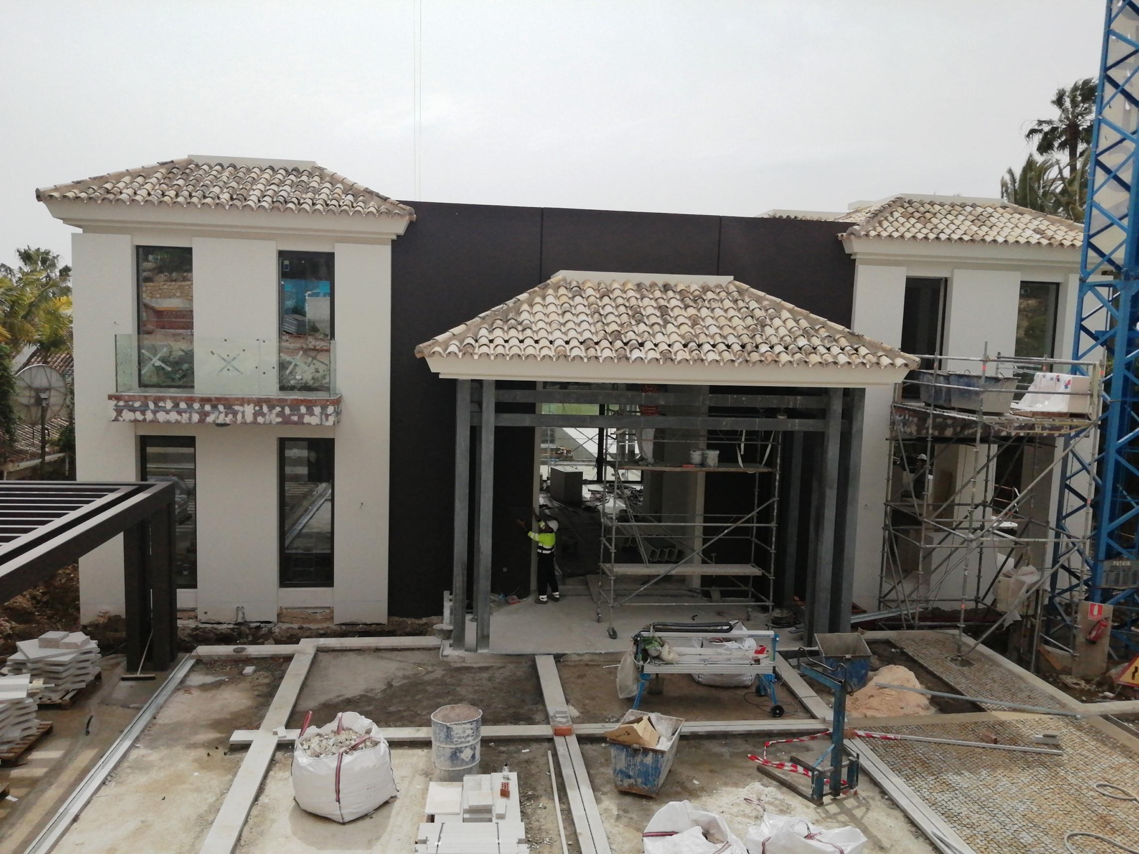 villa de alta calidad en construccion B.Solis